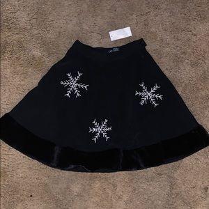 Gap snowflake skirt